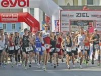 Start der Herren zum Powerman Duathlon World Series Austria